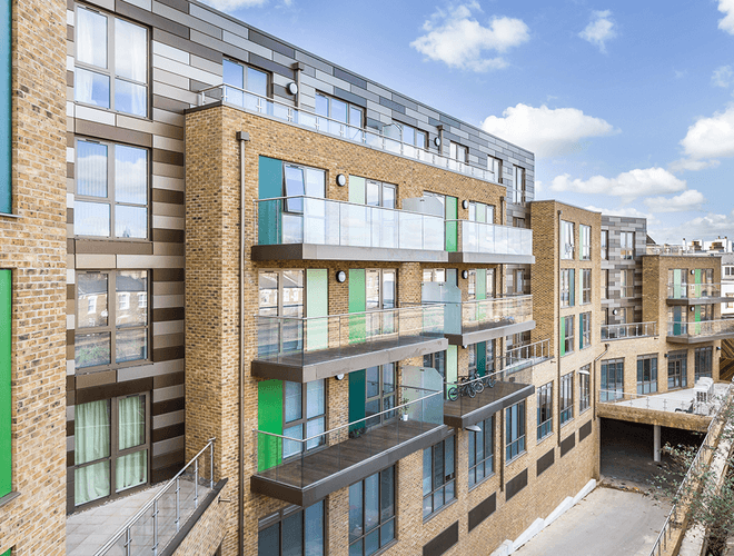 Cavendish Place, a new five-story luxury mixed-use development in the centre of Clapham Common, achieved using Bailey's Platinum Rainscreen Cladding